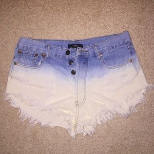 Forever 21 Two toned jean shorts